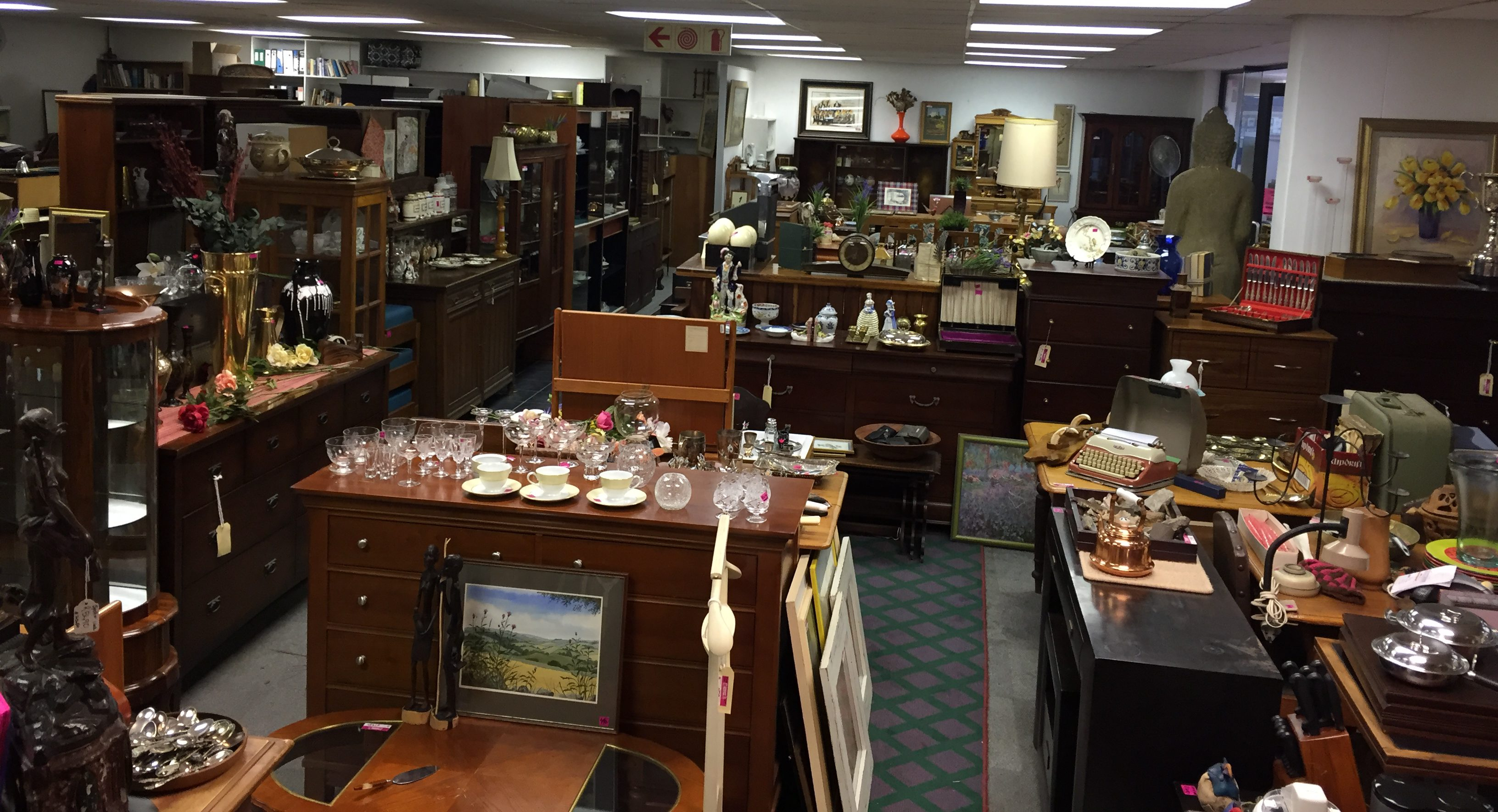 Bargain Hunter Bric A Brac Used New Vintage Antique Furniture